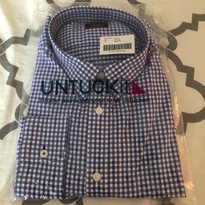 Untuckit men's gingham pattern shirt